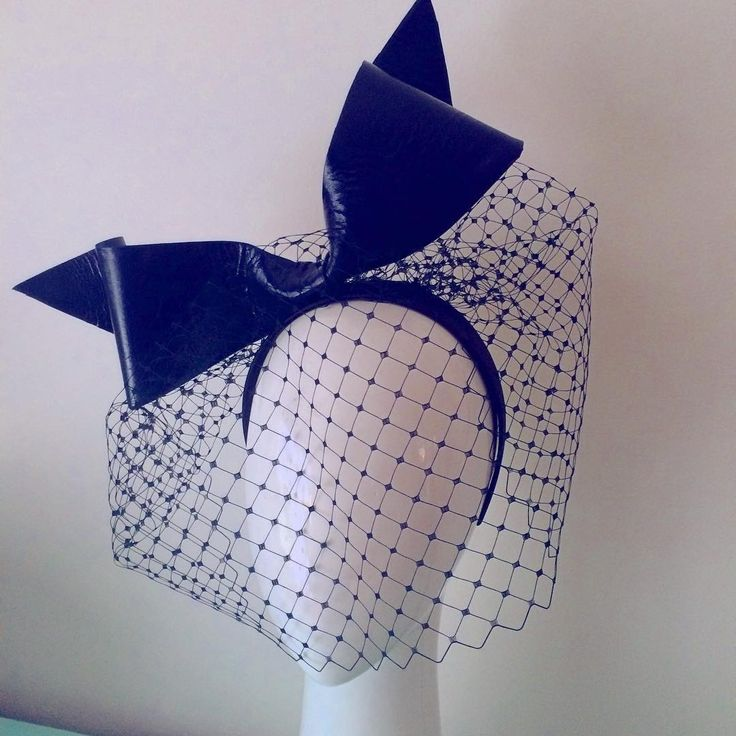 Darkest navy bow and veil - hard to see the colour but this is a leather bow and veil set on headband for easy transeasonal wearing #millinery  #milliner  #leatherbow  #autumncarnival
