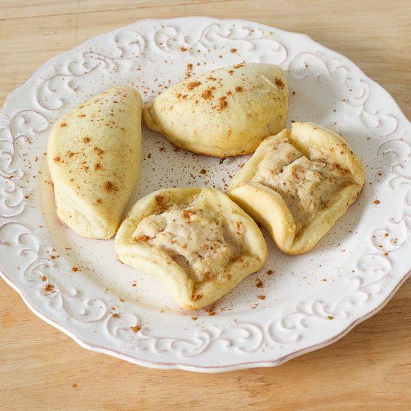 Kalitsounia | Cretan Sweet Cheese Pies