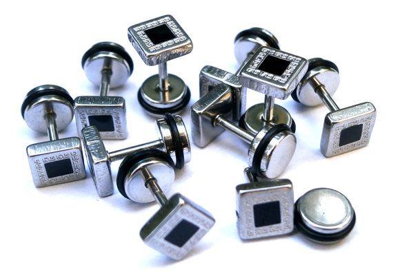 Industrial Barbbell Screw Back Earrings, Body Jewelry Piercing, Square ?eandros & Black Stras, Post  Earring, Barbell Square Plug, Upper Ear
