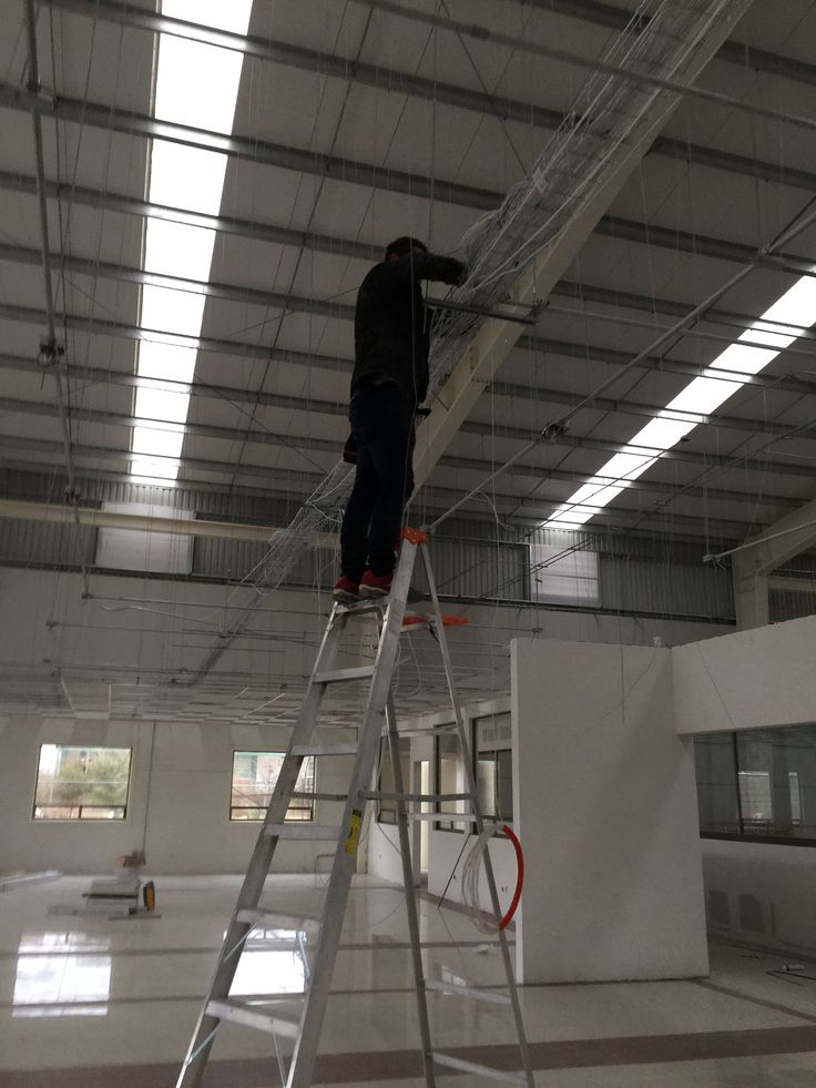 Instalación de cableado de red para empresas, cableado de internet, cableado para cámaras de vigilancia. www.LimpioTuCompu.com