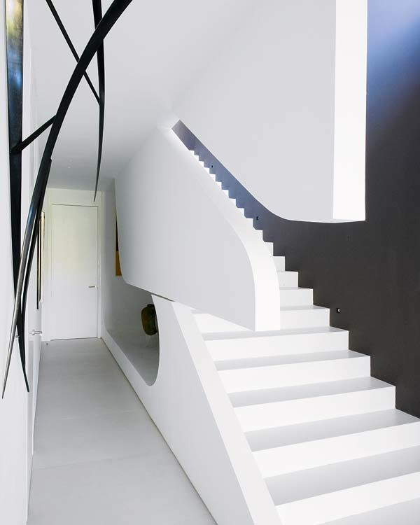 Amazing sculptural house by A-Cero