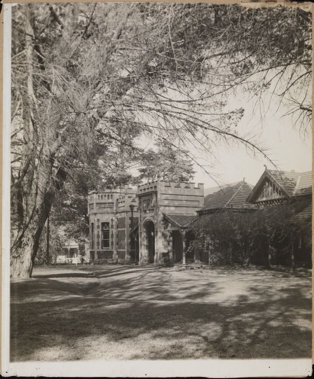 """BA2186: The """"Bungalow"""" the late residence of Lord Forrest, 1933.  http://purl.slwa.wa.gov.au/slwa_b3036697_36"""