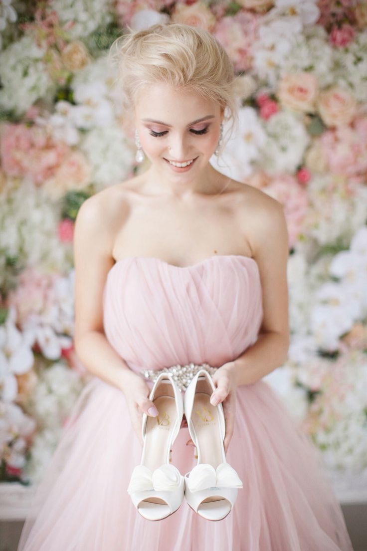Rose dress, wedding dress, wedding shoes, bridal shoes, brideshoes