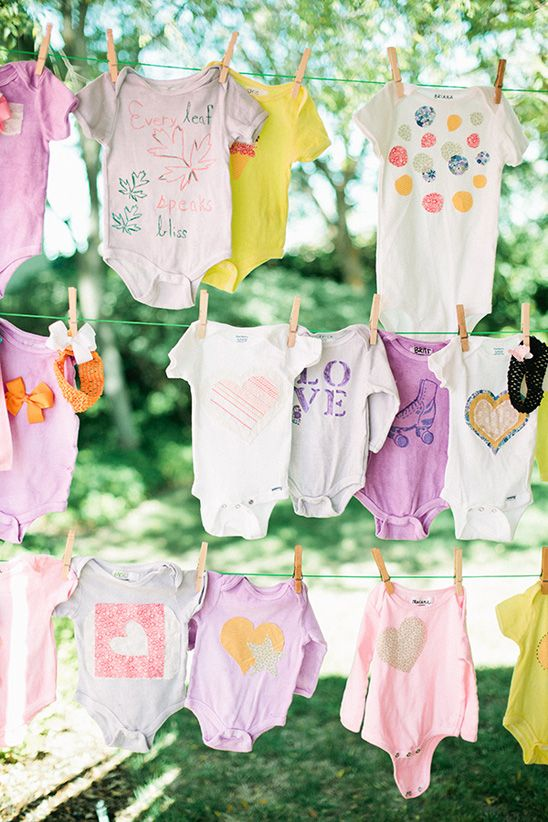 Yes please!!!! have everyone attending the baby shower decorate a onsie - 127 Best Baby-Shower-Decorations Images On Pinterest