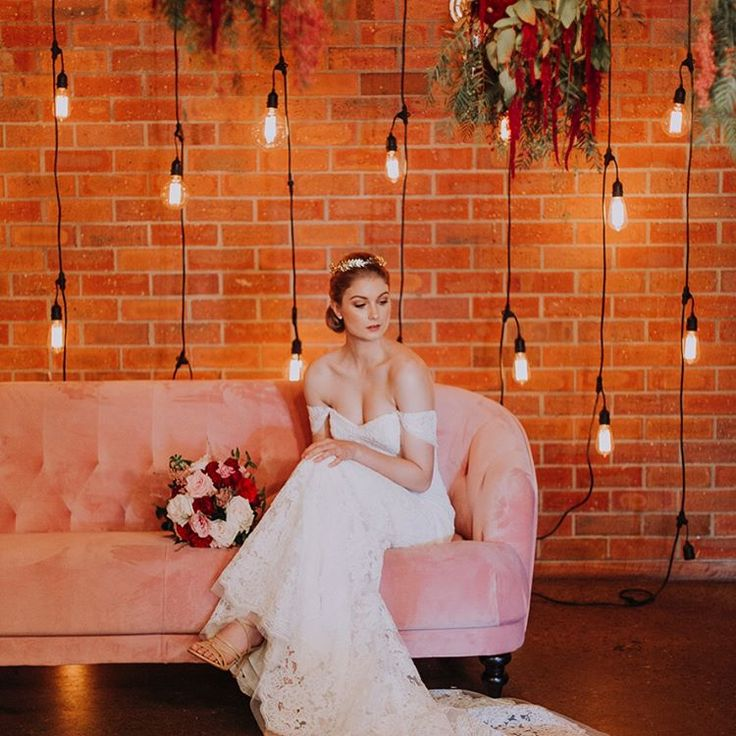 We're so excited to finally share this whole shoot with you! It's been featured over on the @whitemagazine blog! You can meet all the talented vendors behind this shoot at our Twilight Market in 5 days! Don't forget to grab your tickets. @avideas_ @florido_weddings @loftwestend @gloriosaflorals @velvetier @blushandbangsbeauty @beverleyandyork @jennifergifforddesigns @georgeandking @tenikadolores @goldweddinghire @dallysmodels @chelseamoody @sagedylanbarker