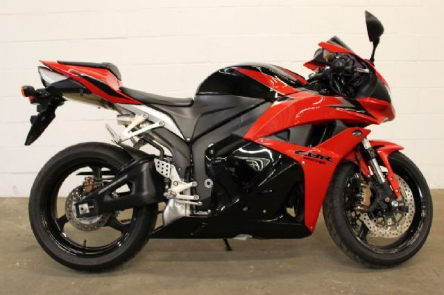 2009 Honda CBR600RR Sportbike , Red , 6,618 miles for sale in Columbia , CT