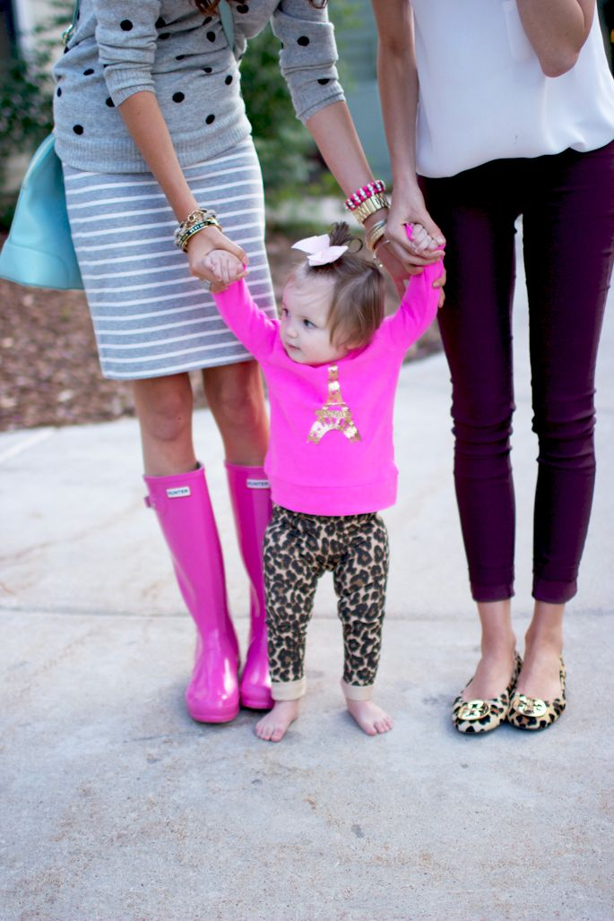 mom style / hunter boot time