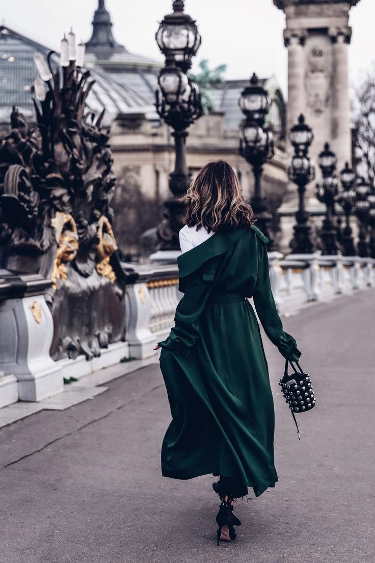 PFW - Green trench coat + Alexander wang studded bucket bag