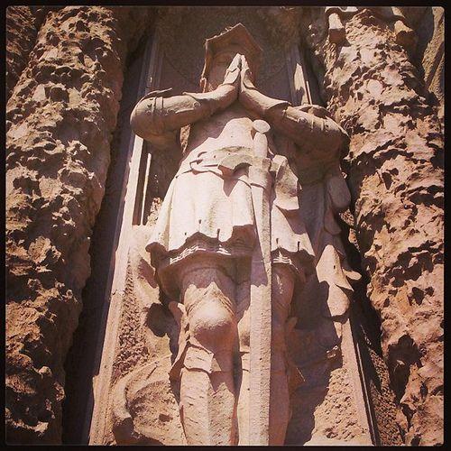 Sant Jordi a la porta principal del Tibidabo #santjordi  #barcelona