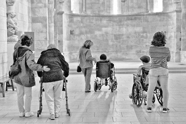 國際失智症協會指出,年齡老化將造成失智症人口大幅增加,未來勢必面臨照護人力不足的危機。(photo by K. Kendall on Flickr - used under Creative Commons license)