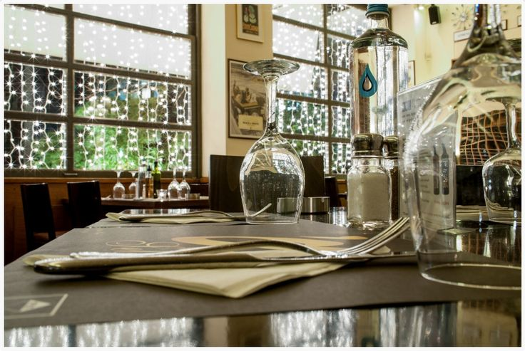Agora Select Εστιατόριο Πραγματικά πλούσιες μερίδες από πεντανόστιμα μαγειρευτά πιάτα ημέρας με κλασικές μεσογειακές επιρροές και μια μεγάλη ποικιλία από ολόφρεσκα ψάρια και θαλασσινά. #AgoraSelect #Restaurant #Ilisia