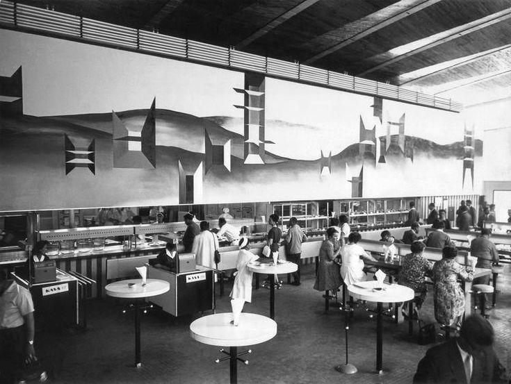 Dekoracja w barze Frykas w warszawskim Supersamie, 1962