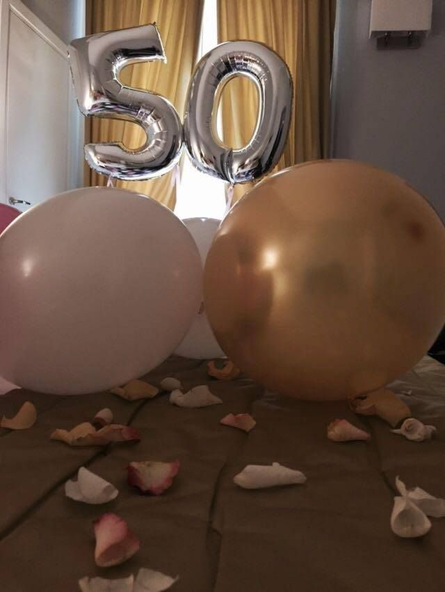 Sorpresa ex 102 - Mrs. Landesmann  Celebrating Mrs. Landesmann's Golden age! A very successful surprise made by her loving friend. Nothing more satisfying than seeing our clients happy and amazed on their special day. Mrs. Landesmann, we wish you again a continuous happiness in life!