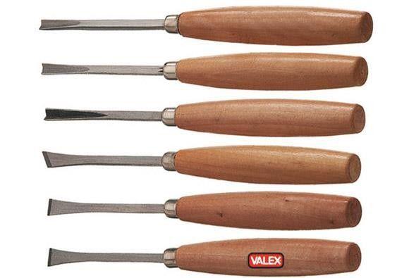 Sgorbie per legno serie 6 pezzi Valex #intaglio semplice su https://agrihobby.com/ Lama riaffilabile in acciaio - Forme varie - Impugnatura ergonomica in legno. lunghezza tot. mm 200.