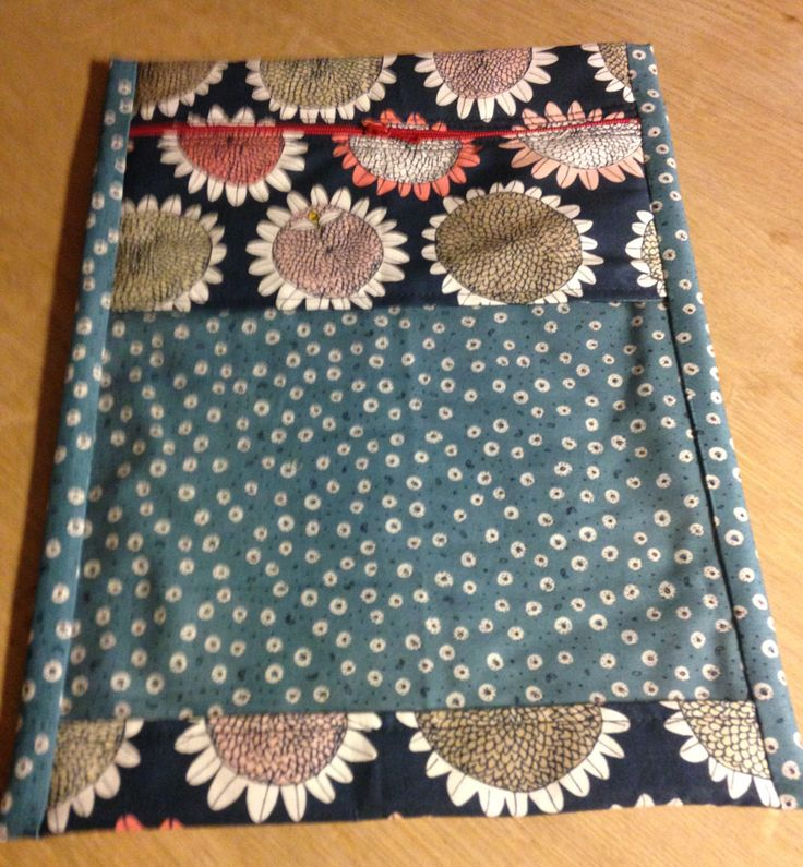 Strikkepose - passer lige til to nøgler og et lille strikketøj
