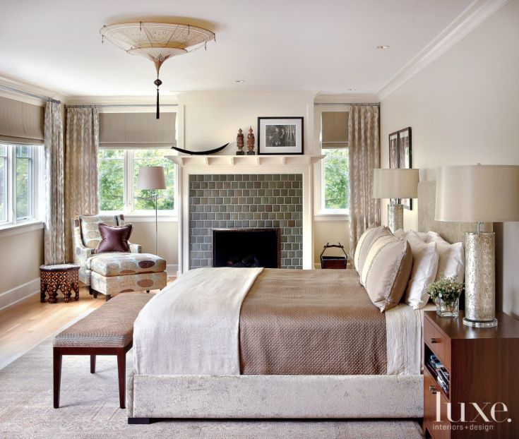 Cream Bedroom Decor: Traditional Cream Bedroom With Bronze Accents