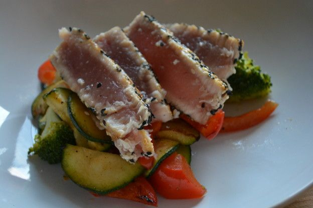 Gegrilde tonijn met groenten   Taste Our Joy!   Gezond eten