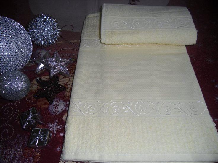 coppie di spugna con tela aida a 7,00€ in giallo