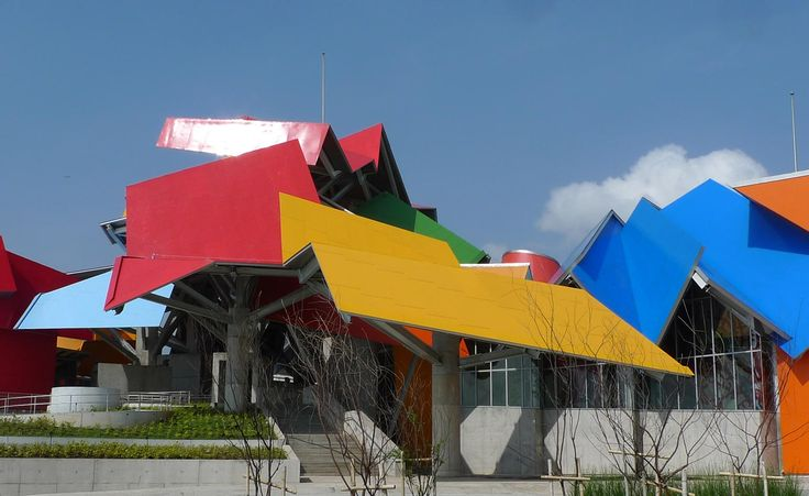 Frank Gehry's major European retrospective opens at the Centre Pompidou in Paris Read more at h