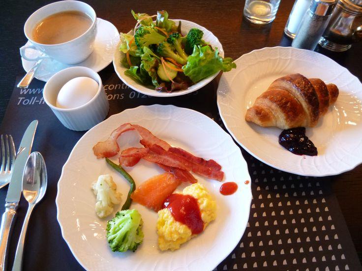 "Prima colazione, Lounge Club InterContinental, ""GRAND INTERCONTINENTAL""(Hotel), Yokohama, Japan (Aprile)"