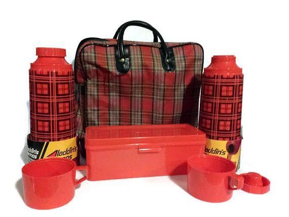 Aladdin Thermos Picnic Set Red plaid picnic set set of 2
