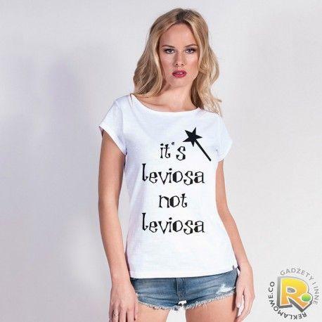 Koszulka z napisem ''It's leviosa not leviosa''. Kupisz ją tutaj http://www.reklamowe.co/koszulki-z-napisami/2179-koszulka-it-s-laviosa-not-leviosa.html  #koszulka #tshirt #wrozka #leviosa #sklep #instagirl #skleponline #prezenty_personalizowane