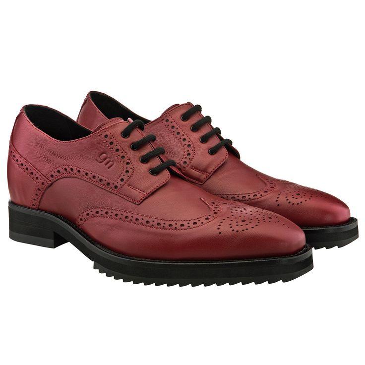 """Les chaussures à semelle réhaussantes """"Córdoba"""", parfaites pour vous sentir plus grand tout en ayant du style ! http://www.chaussuresrehaussantes.fr/ete-2014/cordoba-detail"""