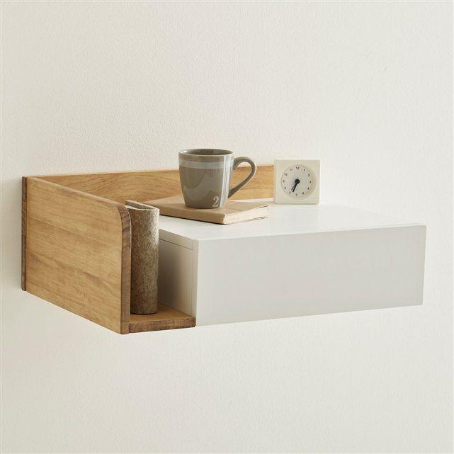 LA REDOUTE Design contemporain pour une chambre épurée avec ce chevet à suspendre Jimi.  À positionner à droite du lit 1 tiroir 1 niche sur le côté