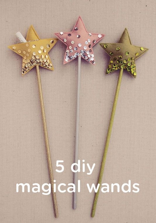 Do you have a toddler who loves playing pretend? These 5 DIY magical wands are great for playing princess or fairies. This is a great homemade gift idea for your child, who may love all the shimmer, glitter, and sparkle!