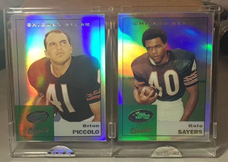 2003 2005 ETOPPS CLASSIC IN HAND BRIAN PICCOLO & GALE SAYERS CHICAGO BEARS