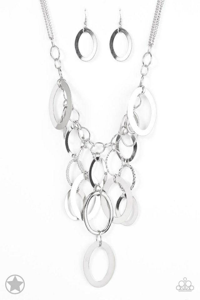 A Silver Spell! Gorgeous necklace and earring set! Only $5!