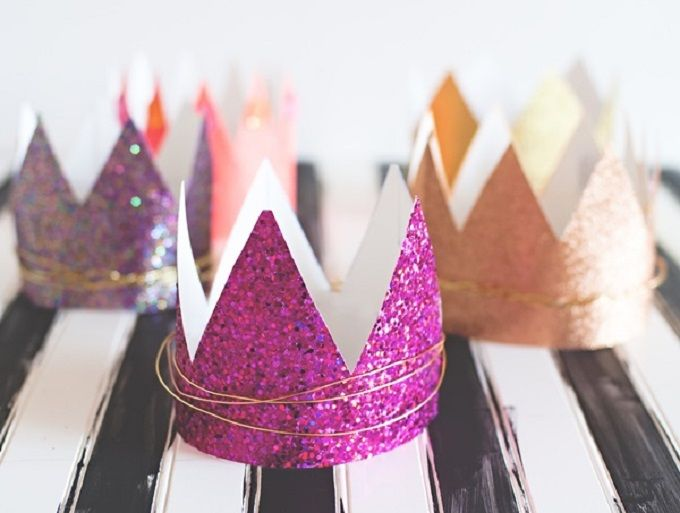 Glitter Crafts Birthday Crowns - Check out our list of 39 other DIY crown and tiaras that you can create for your next party | Coolcrafts.com