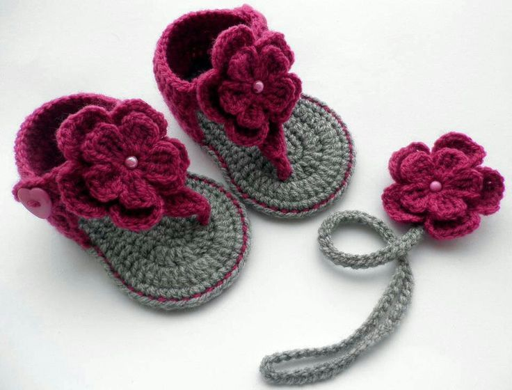 Baby Crochet Sandals, these are too cute someone make them for my Hannah