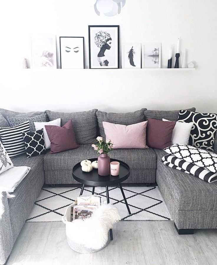 Pin By Ophelia Taylor On Lovely Living Rooms White Living Room Decor Black Furniture Living Room Living Room Decor Furniture