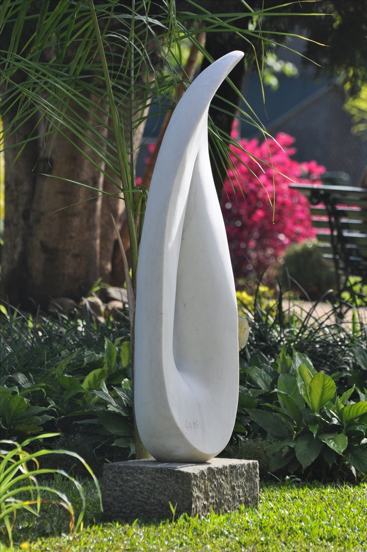 leopoldino de abreu leaf in the wind sculpture brasilian white marble 2016 gardens