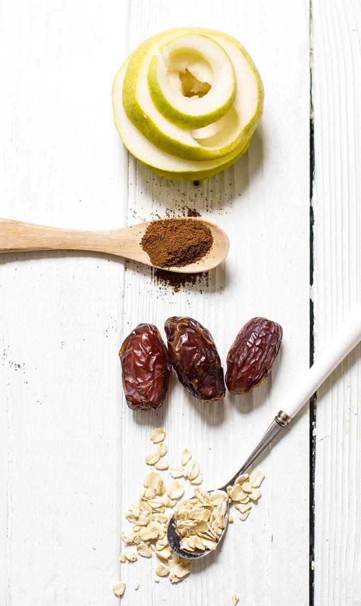 Pear + Oats + Dates + Cloves Puree