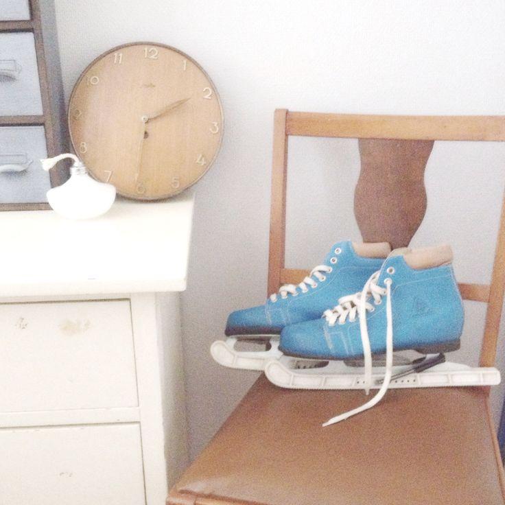 Old skates and clock