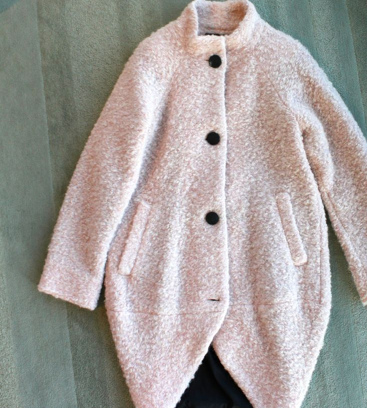 Paletti Boutique SLC  #fashion #style #fuzzy #coat #jacket #buttons #pink #fallfashion #winterfashion #jackio #collar #60sStyle #cozy #cuddle #soft #warm #modern #chic #classic #edgy #womensfashion #advancedstyle