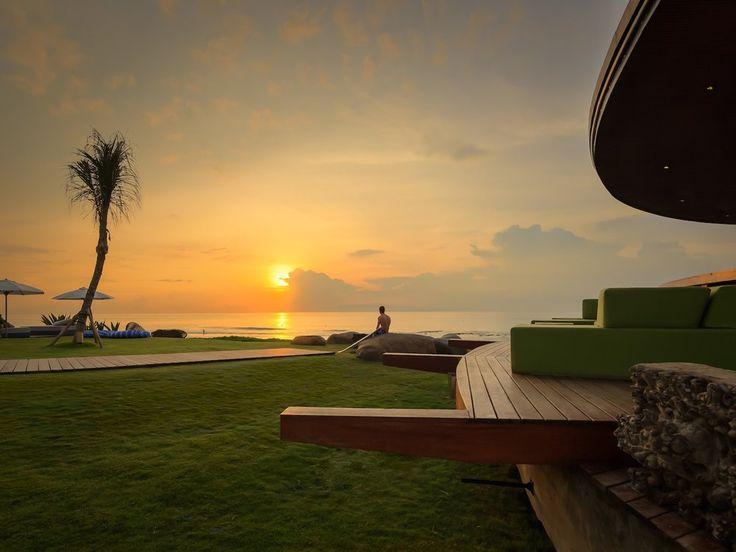 We thought we would share some of Bali's best beaches you need to visit!  Finn's Beach- (Photo by Semara Resort)  Karma Beach - (Photo by Karma Resort)  Perasi Beach (Pasir Putih) - (Photo by Bali Trail Blazers)  Balangan - (Photo by surfbalihostel.com)  Green Bowl - (Photo Bykura2guide.com)  Dream Beach (Photo by ilove-indonesia.com)  Jimbaran Beach -(Photo bysurfbalihostel.com)  Dreamland Beach (Photo by Parakap)  Padang Padang  Bingin Beach (Photo by tommyschultz.com)  Uluwatu / Blue…