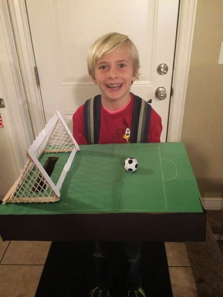 Soccer field Valentine box