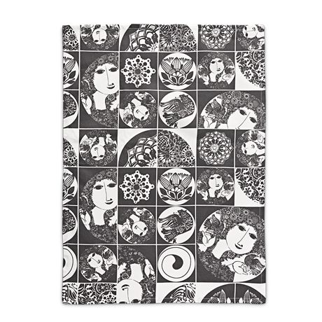 The dark-grey kitchen towel in 100% cotton makes doing the dishes an art in itself. #bjørnwiinblad