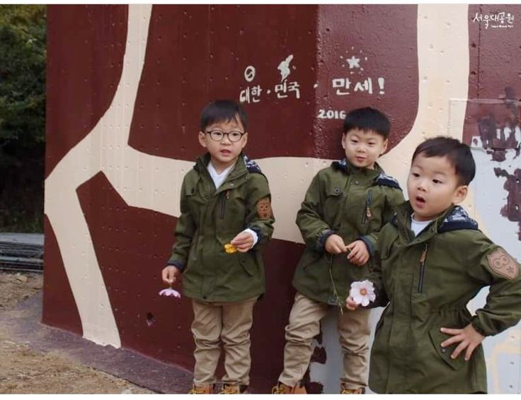 #Cr.as tagged #Igilovesongtriplets #Daehan Minguk ManSe #LalitaMuangman #Song's Cute Triplets