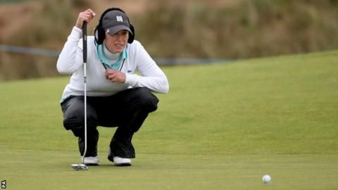 Welcome To Sport World: Christie Kerr overtakes Karrie Webb on day two