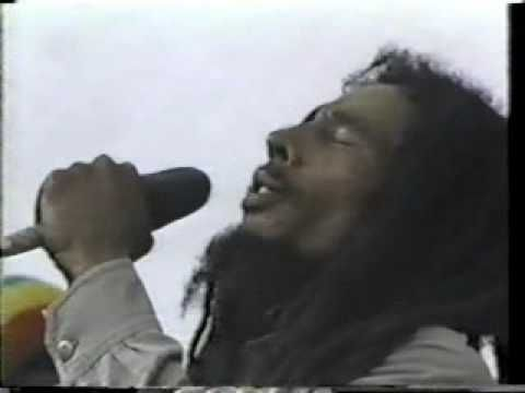 "Bob marley ""no woman no cry"" 1979"