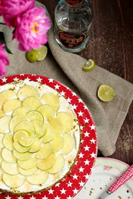 Caipirina Torte oder No-Bake Limetten Schmandtörtchen | SASIBELLA