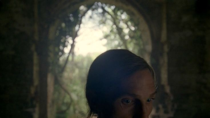Interview with True Detective Season 1's cinematographer, Adam Arkapaw, about 9 favorite scenes (other than episode 4's 6-minute shot).