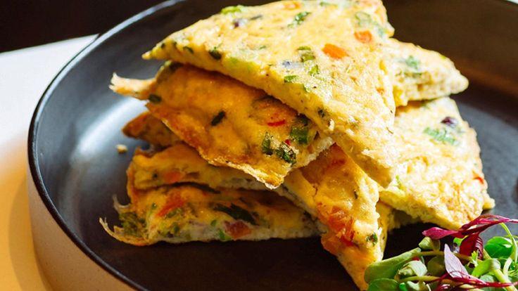 Atul Kochhar's super-speedy masala omelette