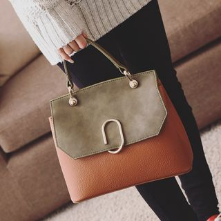 Buy Shinian Faux Leather Color block Hand bag at YesStyle.com! Quality products at remarkable prices. FREE WORLDWIDE SHIPPING on orders over US$35.