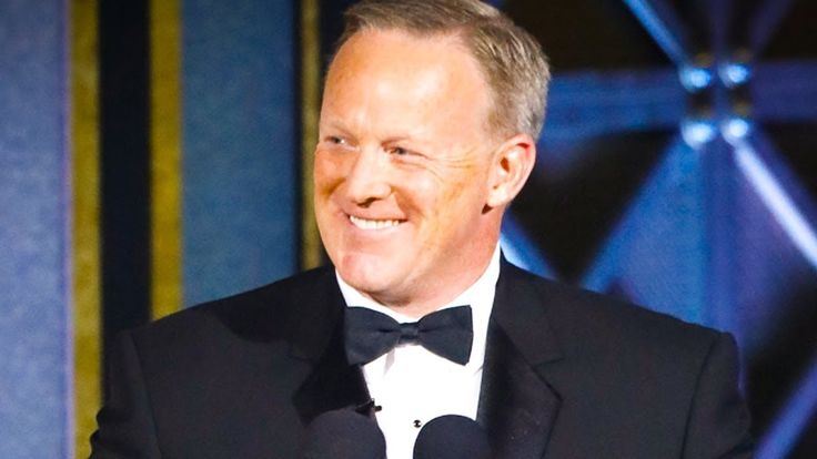 Serial Liar Sean Spicer is Not Funny, Stop Laughing With Him