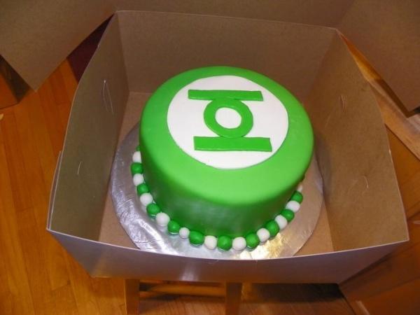 green lantern cake green lanterns dipped pretzels cake making smash ...